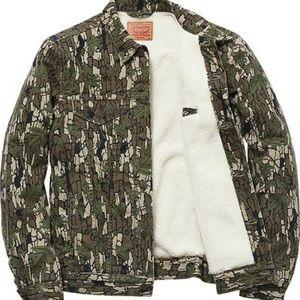Levi's Camo Sherpa Trucker Jacket
